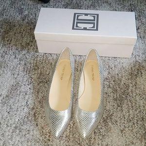 Ivanka Trump Gold Leather Flat NIB Size 9.5